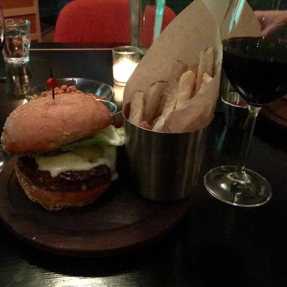 Burger Du Nord @ Cafe Du Nord