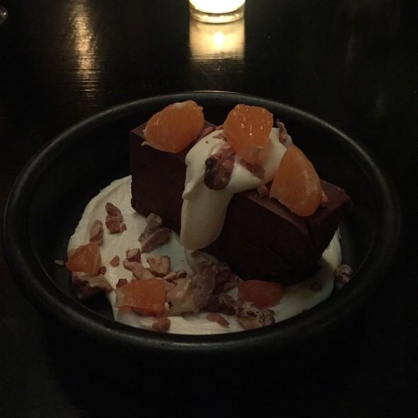 flourless chocolate cake @ Cafe Du Nord