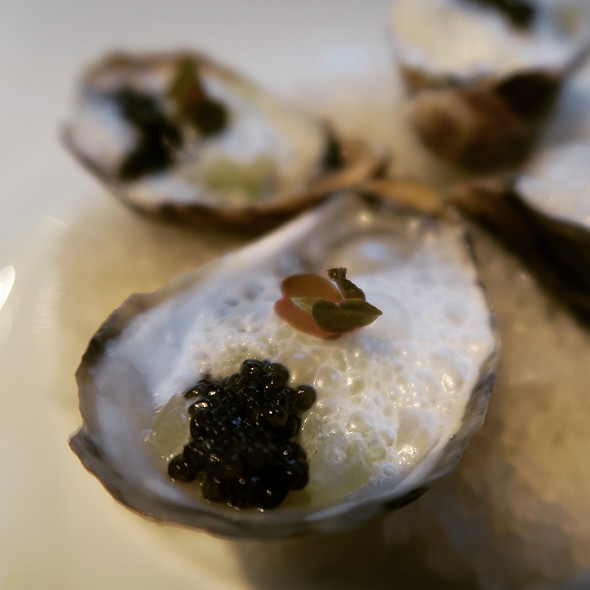 Kusshi Oysters - Caviar Russe, New York, NY