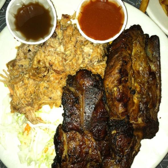 Pulled Pork & Arkansas-Style Ribs @ Redbones Barbecue