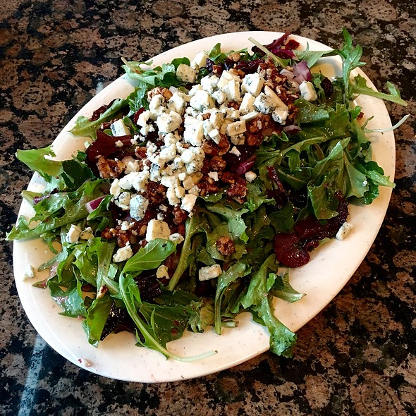 Spring Salad @ Mo's Pizza