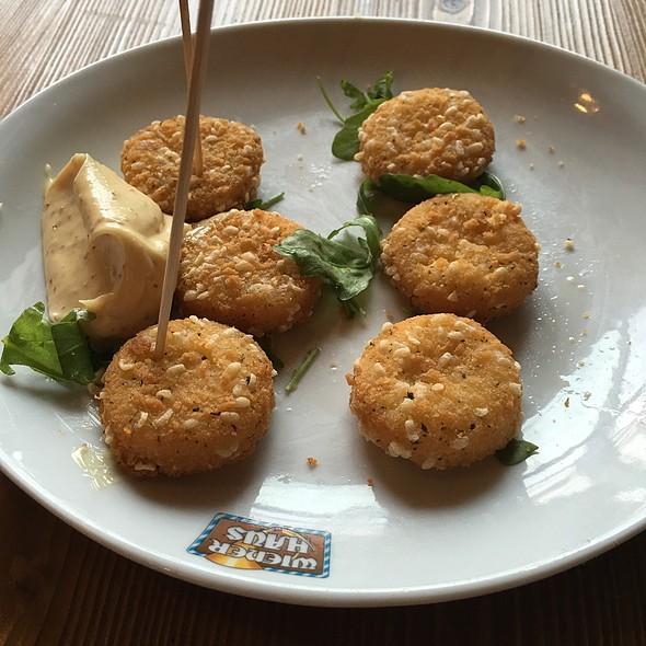 Crocchette Di Formaggio Camembert @ Wiener Haus