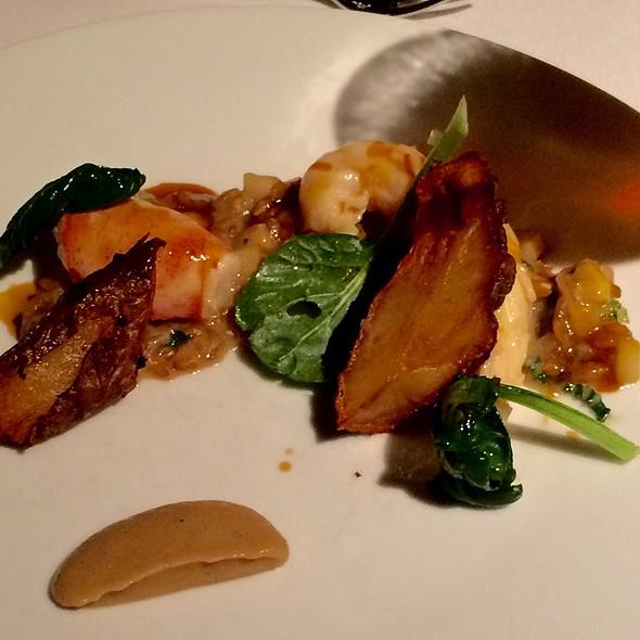 Warm Lobster Salad, Sunchokes, Tatsoi And Ponzu @ Gramercy Tavern