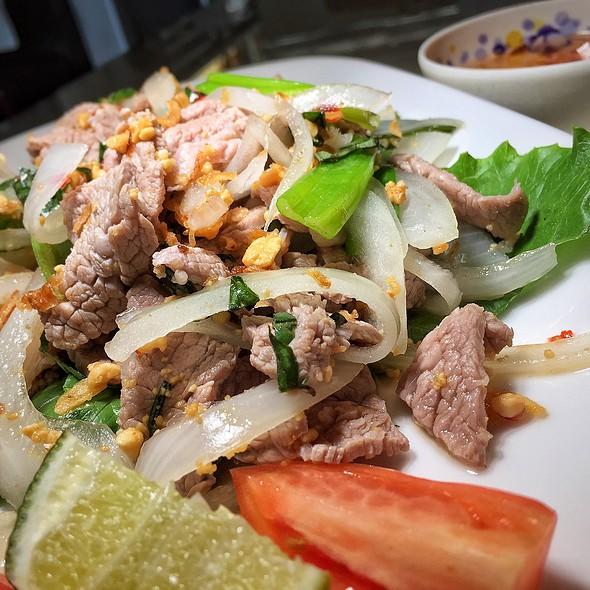 Lime Marinated Sliced Beef Salad @ Mekong