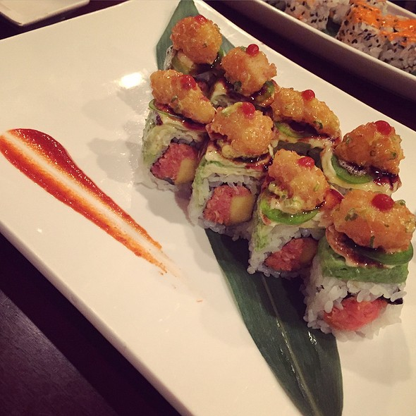 Kiss Of Death Roll - Makiman Sushi - Center City, Philadelphia, PA