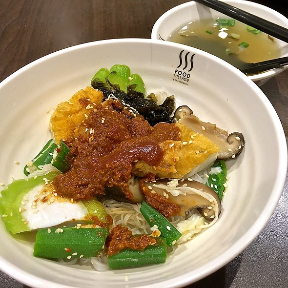 Yong Tau Foo @ Food Village (Takashimaya)