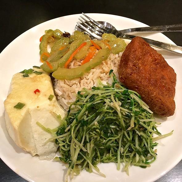 Mixed Veggies With Rice @ Food Opera @ Ion