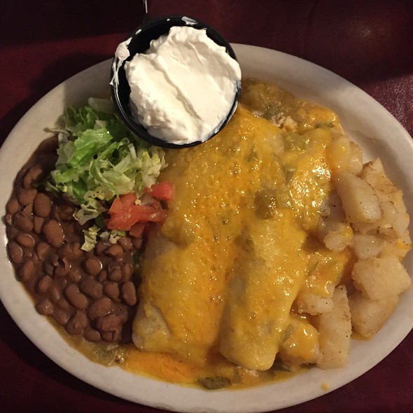 Green Chile Chicken Enchiladas At El Patio De Albuquerque