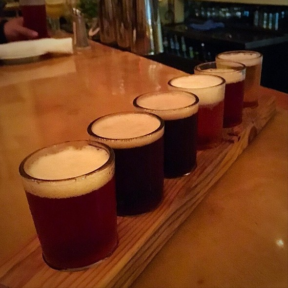 Beer Flight - The Brewer's Art, Baltimore, MD