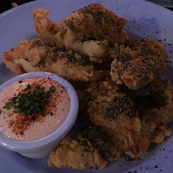 Chicken Tenders With Sriracha & Sour Cream @ Chick'n'sours