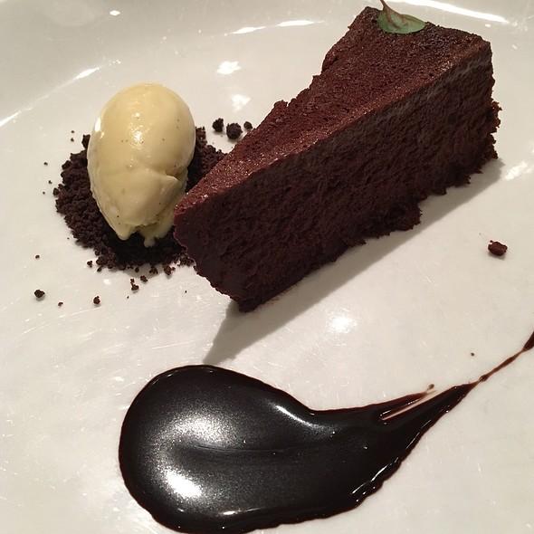 Gotham Chocolate Cake @ Gotham Bar & Grill