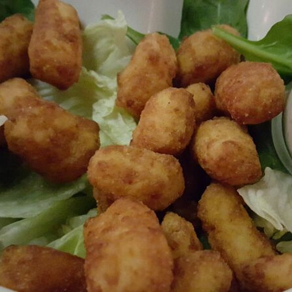 Fried Cheese Curds - The Mariner's Inn, Madison, WI