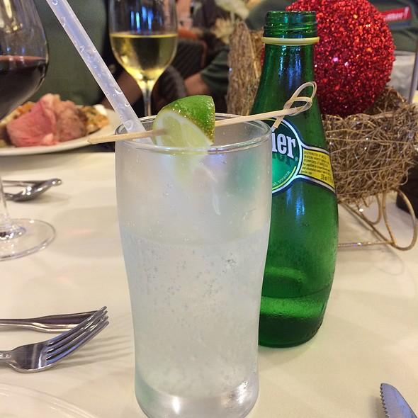 Perrier @ Waialae Country Club
