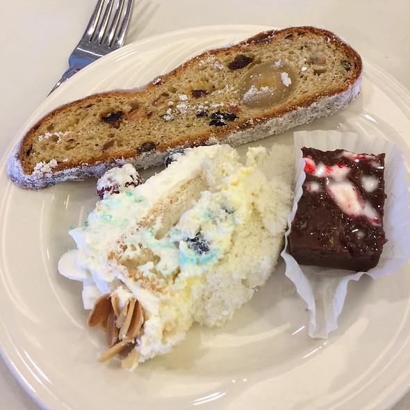 Assorted Desserts @ Waialae Country Club