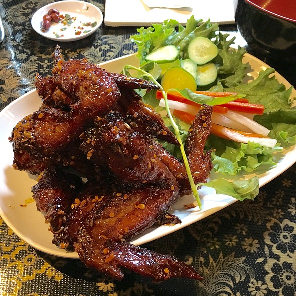 Ike's Vietnamese Fish Sauce Wings @ Pok Pok Wings