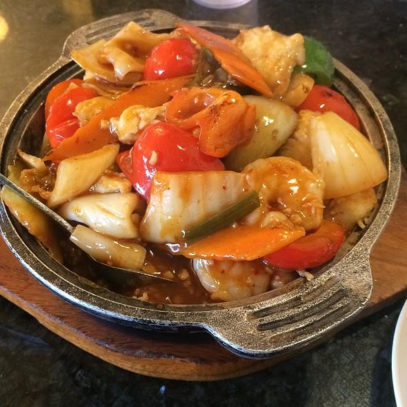 Kimchi Seafood Hot Stone Rice