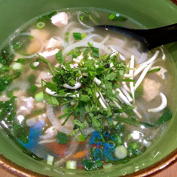 Pho Chicken @ Nam Nam Noodle Bar (Plaza Singapura)