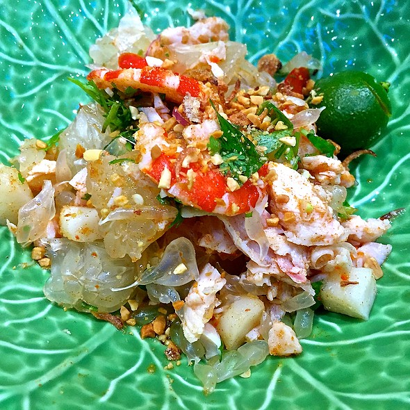 Pomelo Salad, Prawns, Chicken, Fresh Herbs, Peanuts @ Nam Nam Noodle Bar (Plaza Singapura)
