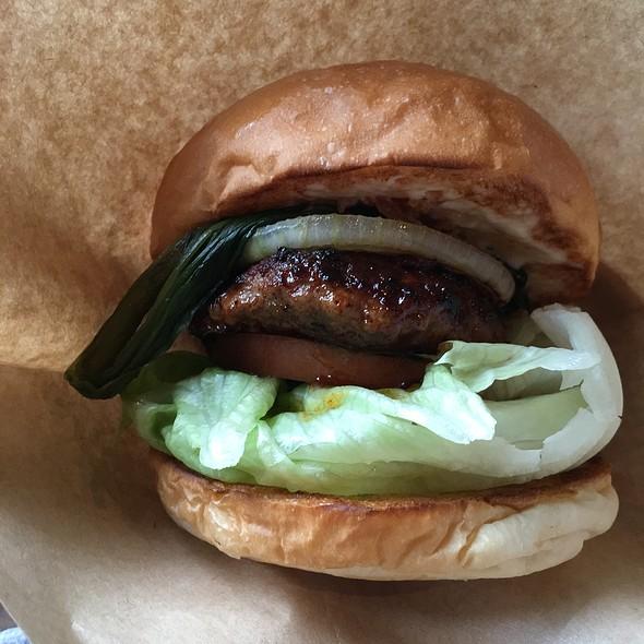Lamb Burger @ Bellous Field Beach