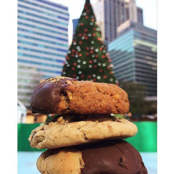Chocolate Dipped Vegan Cookied @ Love Park