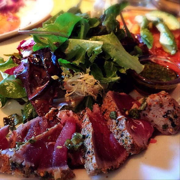 Seared Tuna Salad- Fresh Seared Tuna, Arugula, Tomato, Cucumber, Avocado