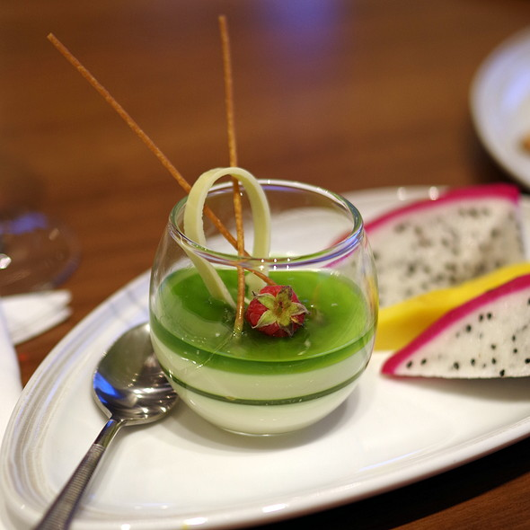 Green tea matcha panacotta @ Executive Lounge Pullman Saigon Center