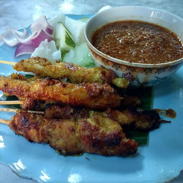 Chicken Satays @ Muntri Mews Cafe