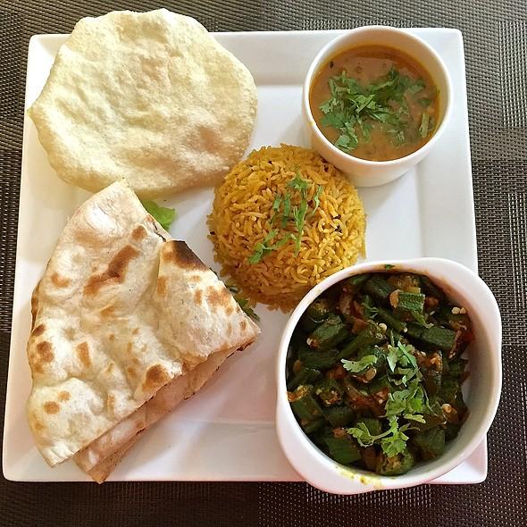 Vegetarian Set Meal @ Kurry Korner @ River Valley