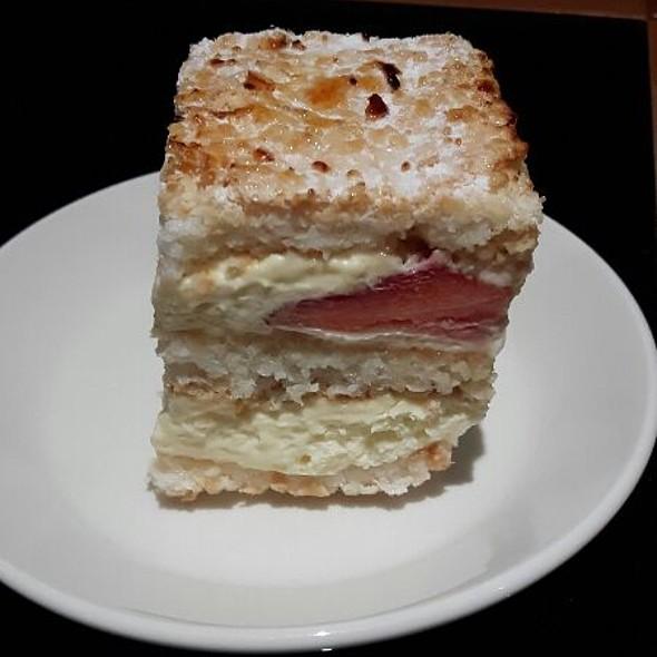 Mascarpone Cake @ Lorraine's Patisserie