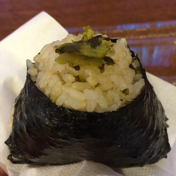 Mustard Leaf Musubi @ Musubi & Bento Express Iyasume いやすめ