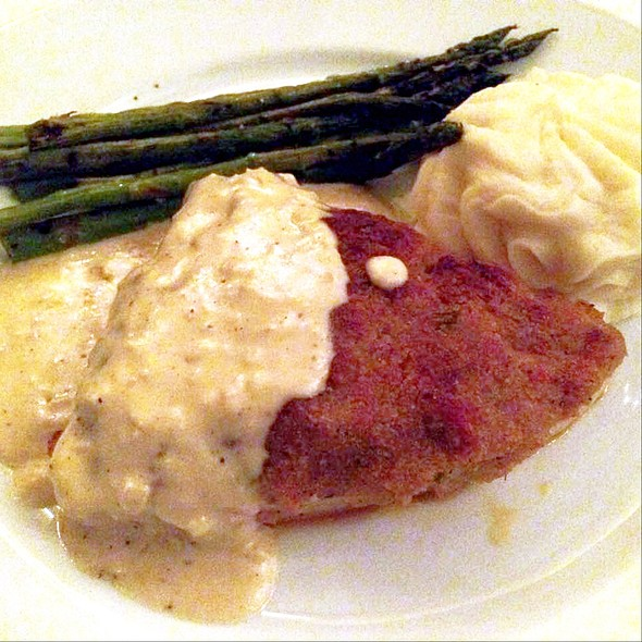 Crab Crusted Swordfish @ The Sycamore Inn