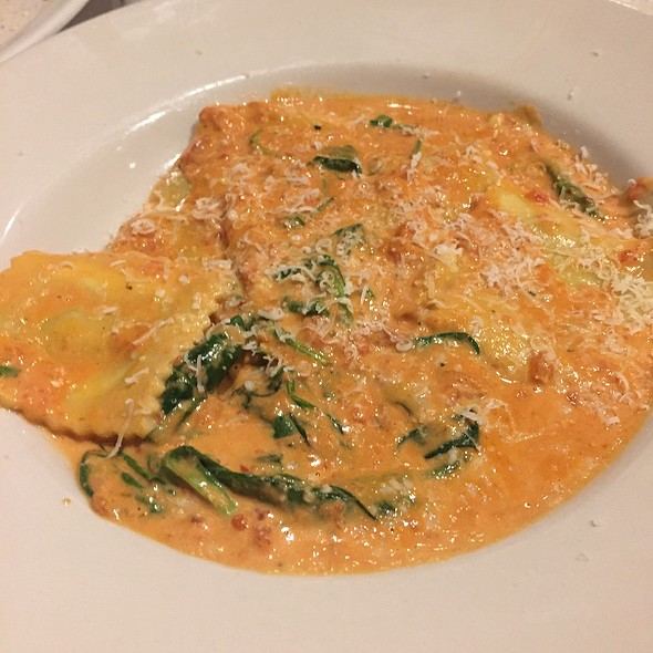 Spinach Ravioli - Francesca's Tavola, Arlington Heights, IL