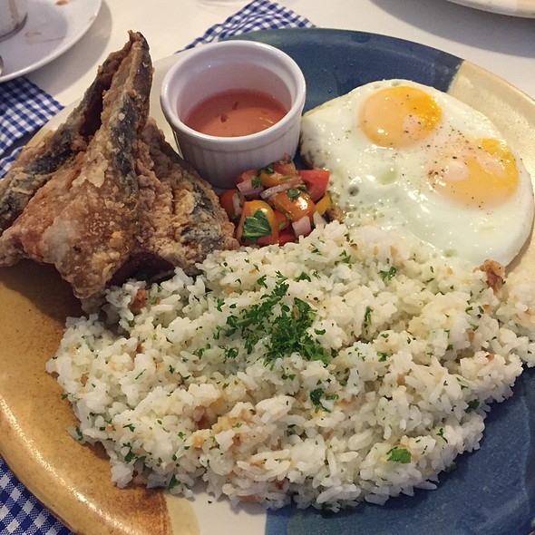 Filipino Breakfast Plate: Breaded Boneless Bangus