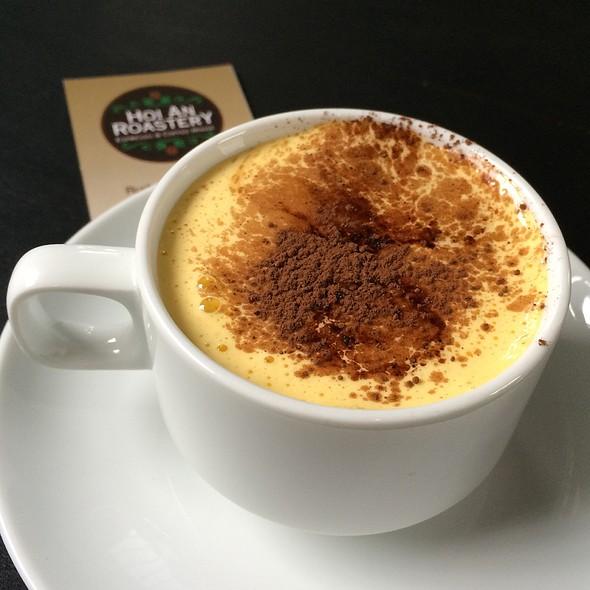 egg coffee @ Hoi An Roastery