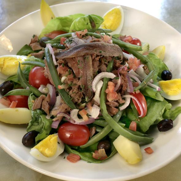 Salade Nicoise - Cercle Rouge, New York, NY