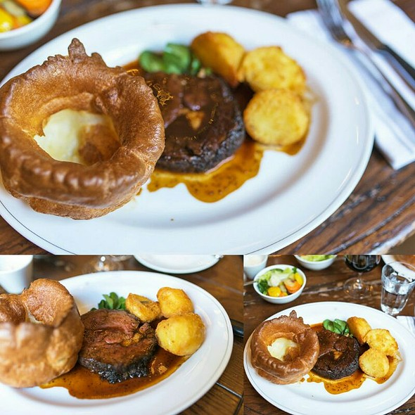 Roasted Beef with Roasted Duck Fat Potato, Yorkshire Pudding @ Holborn Dining Room