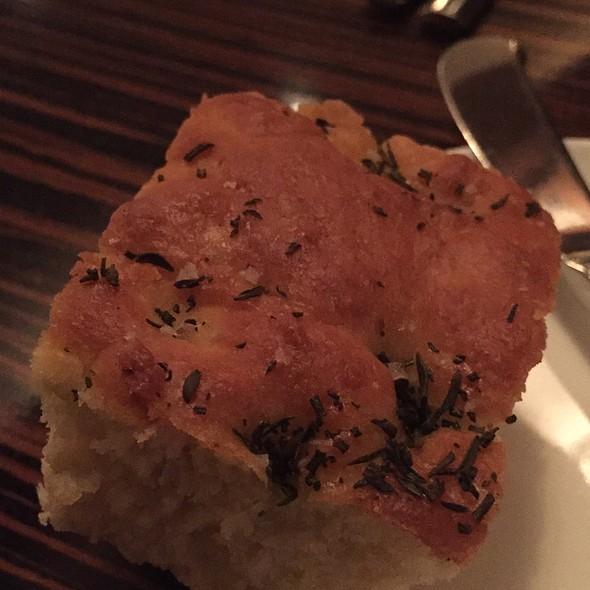 Bread @ Twenty Five Lusk