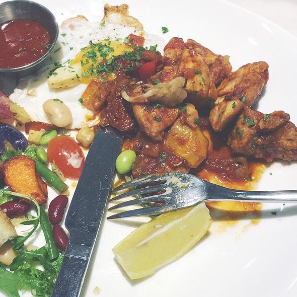 Herb Chicken Plate