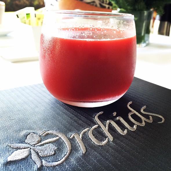 Beet & Celery Juice @ Orchids