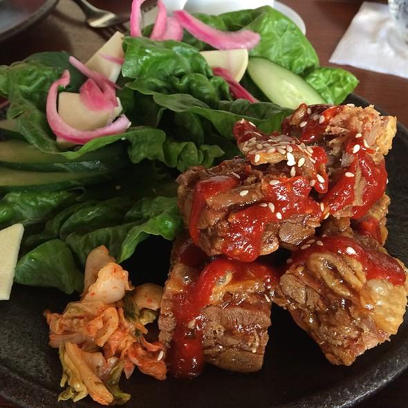 """""""Fried Chicken"""" @ MW Restaurant"""
