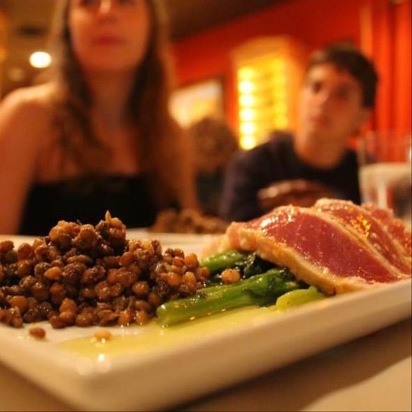 Seared Tuna With Farro