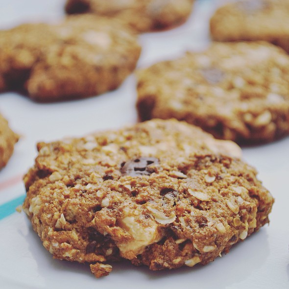 Vegan Chocolate Oatmeal Cookies @ Exogorth Hollow
