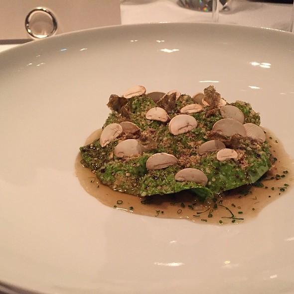 Trout   Lettuce   Mushrooms @ Aqua The Ritz-Carlton, Wolfsburg