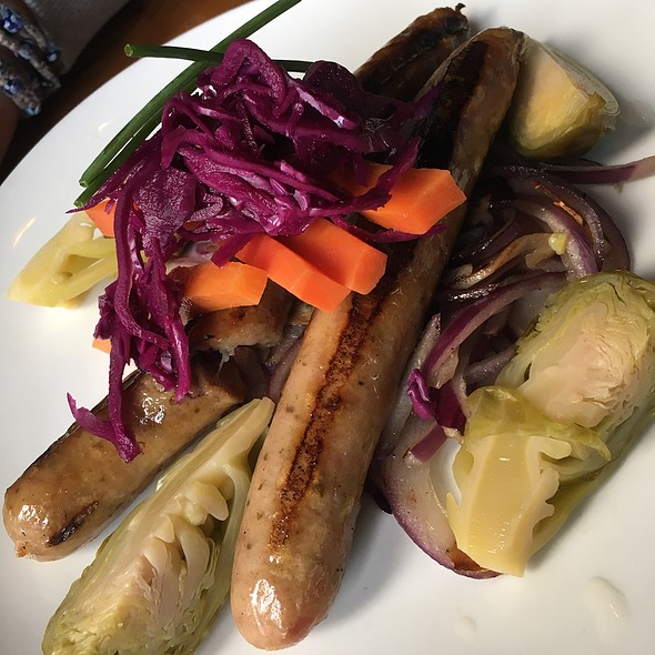 Nueremberger Sausage And Pickled Vegetables @ Buschenschank Brooklyn