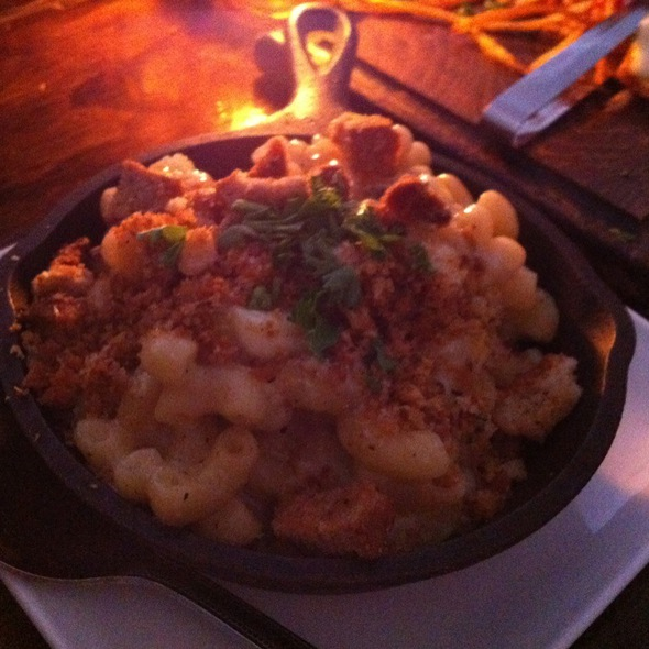 Gruyere Mac & Cheese @ Six Acres