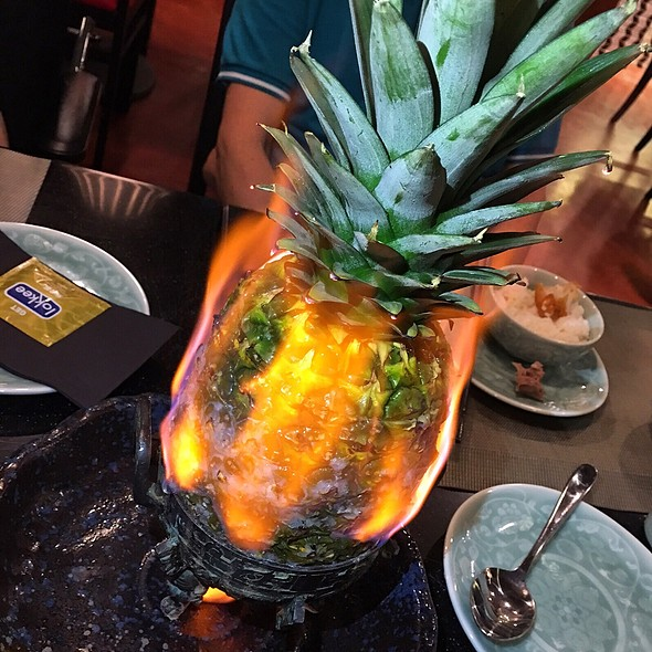 Awesome Flaming Pineapple Beef