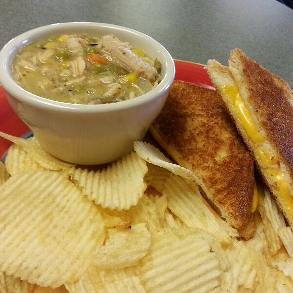Soup & Grilled Cheese Lunch Special
