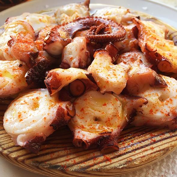 Octopus Galician Style @ Recuncho Celta