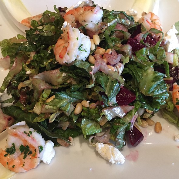 Insalata Di Barbabietole 15.95 Beets, Endive, Shrimp, Pine Nuts, Goat Cheese And Red Wine Honey Vinaigrette - Via Alloro, Beverly Hills, CA