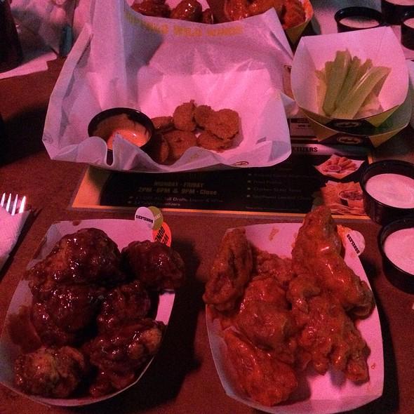 Wings & Fried Pickles @ Buffalo Wild Wings